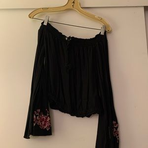 Black floral Cropped top with bell sleeves